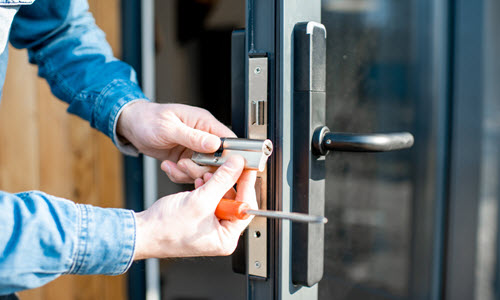 7 Benefits of Rekeying Locks for Homeowners